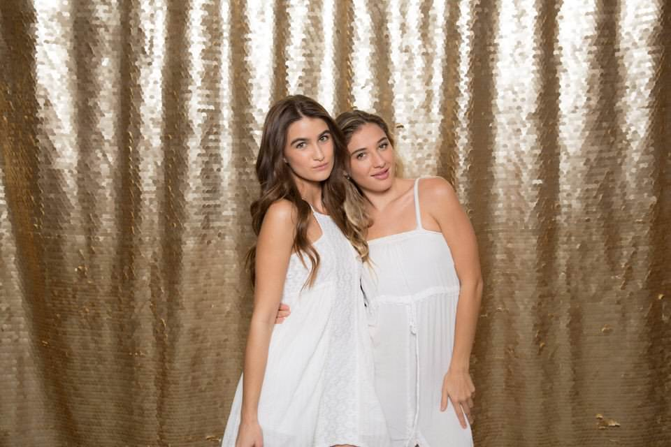 Ohh Snap Photo Booth - Gold Sequins- Backdrop